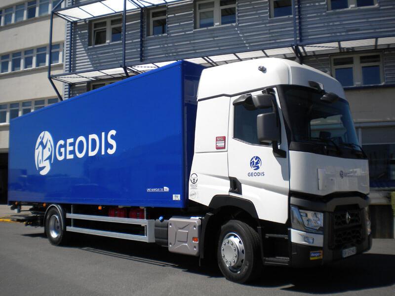 des porteurs fourgons 12 et 19 tonnes qse pour geodis berger location. Black Bedroom Furniture Sets. Home Design Ideas